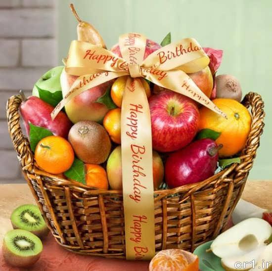 تزیین میوه در ظرف حصیری
