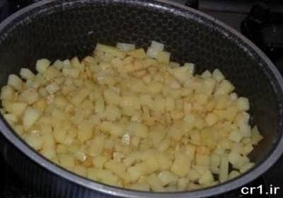 تفت دادن سیب زمینی