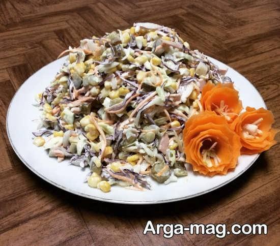 تزیین سالاد ماکارونی با سبزیجات معطر
